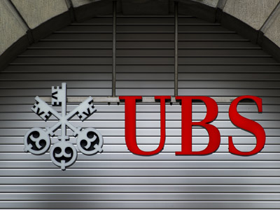 UBS to cut workforce by 10,000 world-wide