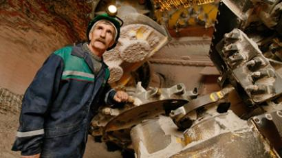 Uralkali and Silvinit post FY 2010 net profit of 16.65 billion roubles and 11.53 billion roubles respectively