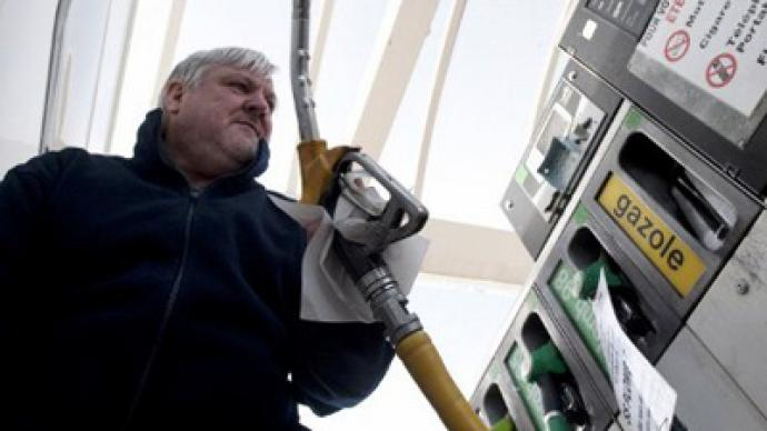 US oil prices climb as Iran tension grows