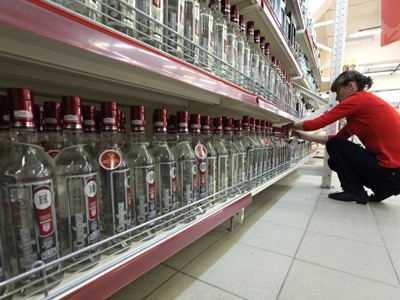 Russians to drink 1.5bn liters of alcohol over New Year holidays