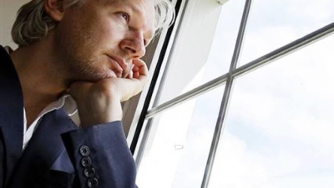 Worldwide whistleblower Assange fights extradition in UK court