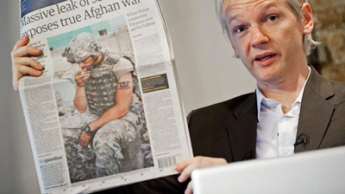 """Assange to sue Guardian for """"malicious libels"""""""