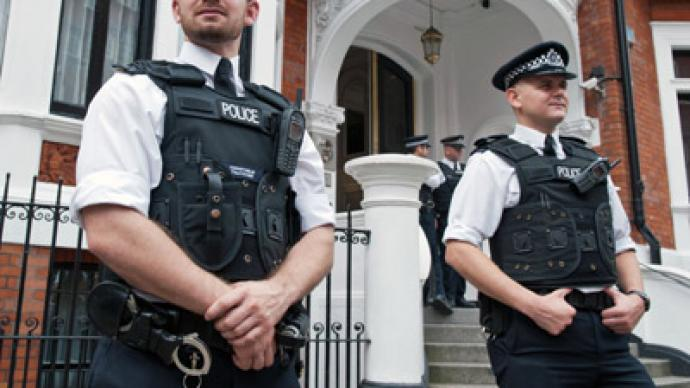Assange's $4.5-million lockdown: UK police spending huge sums on 24-hour patrol
