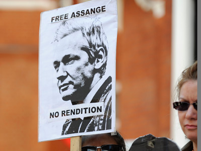 Ecuador recalls ambassador for Assange advisement