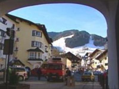 Austria denies imposing quota on Russian tourists