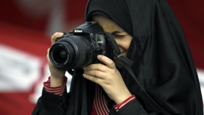 Bahrain expels US filmmaker with opposition links