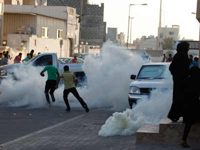 Bahraini protesters emboldened by police teargassing (PHOTOS, VIDEO)