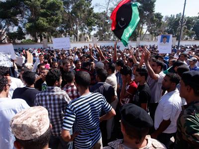 A year on from Gaddafi's death: Govt forces pummel Bani Walid