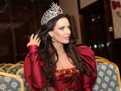 'My Russia is a beggar': Beauty queen defies stereotype with political speech