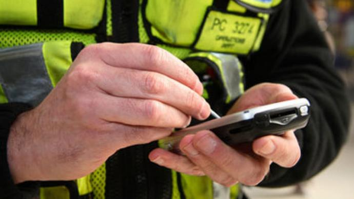 Phoney net: UK police can blanket-track mobile phones