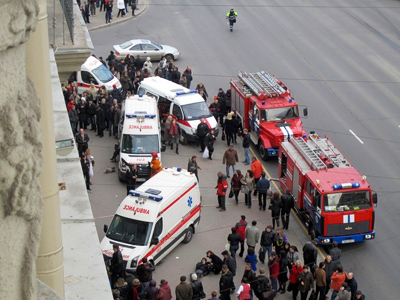'Emergency button broken, train driver silent:' Survivors re-live Moscow Metro crash