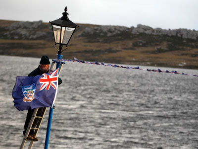 Argentina rejects UK proposal to discuss Falklands with islanders