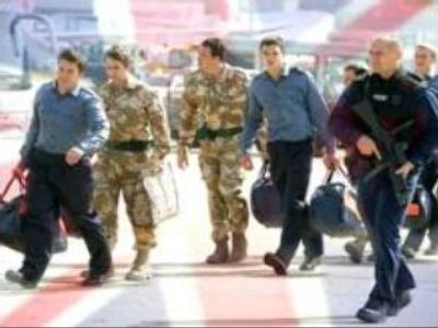 British navy crew arrives home from Iran
