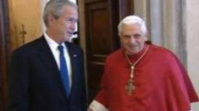 Bush meets Pope Benedict