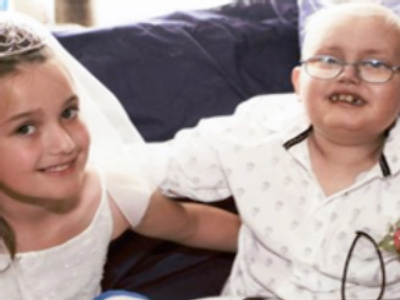 Cancer boy 'weds' sweetheart before dying