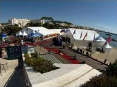 Cannes greets Sochi
