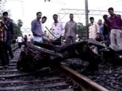 Carnage as bombs explode on Indian trains