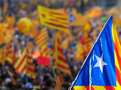 Madrid seeks talks with Catalonia to avoid independence referendum