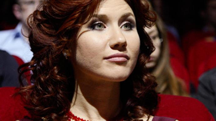 Ex-officer who exposed Anna Chapman found guilty of treason