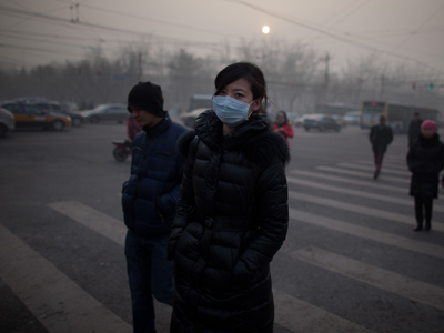 Schools close in fog as China eyes artificial rain to fight pollution