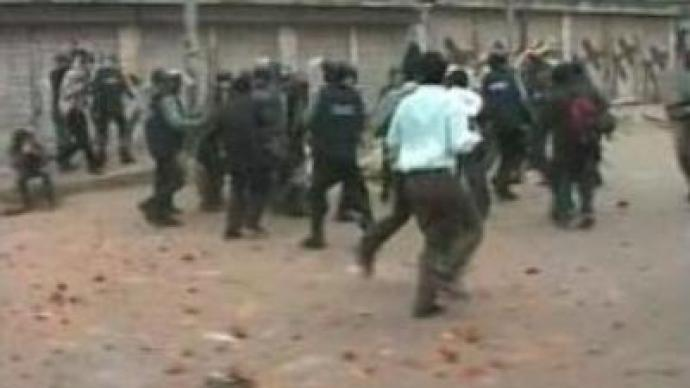 Clashes in Bangladesh continue