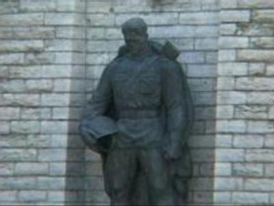 Commission formed to determine fate of Soviet WWII memorials in Estonia