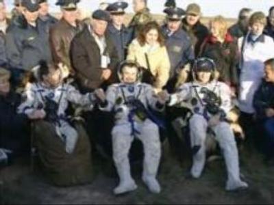 Cosmonauts arrive in Moscow Region