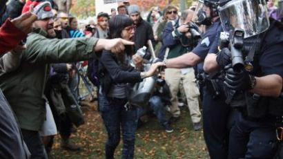 Police crack down on Occupy protests in Texas and Oregon (VIDEO)