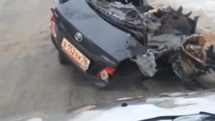 Drunk drives half-car with dead friend after crash (VIDEO