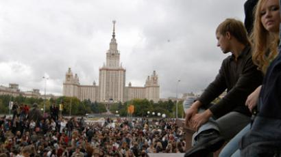 Medvedev notes points of progress,  shortcomings in modernizing healthcare