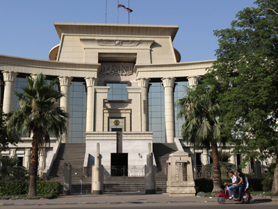 Egyptian court rules army cannot arrest civilians