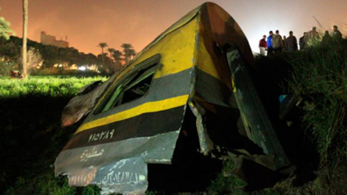 At least 19 dead, more than 100 injured in Egypt train derailment