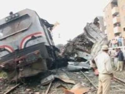 Egypt train crash: reports say 'signal missed'