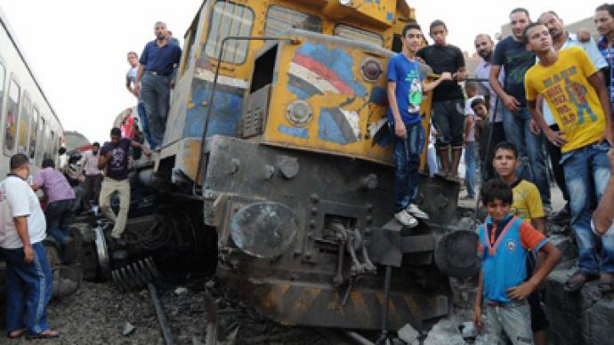 Train derails, catches fire near Cairo (PHOTOS)