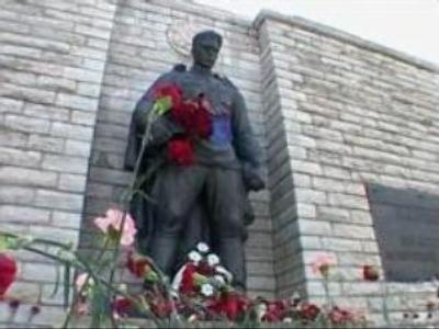 """Estonia classifies plans for """"Bronze Soldier"""" removal"""