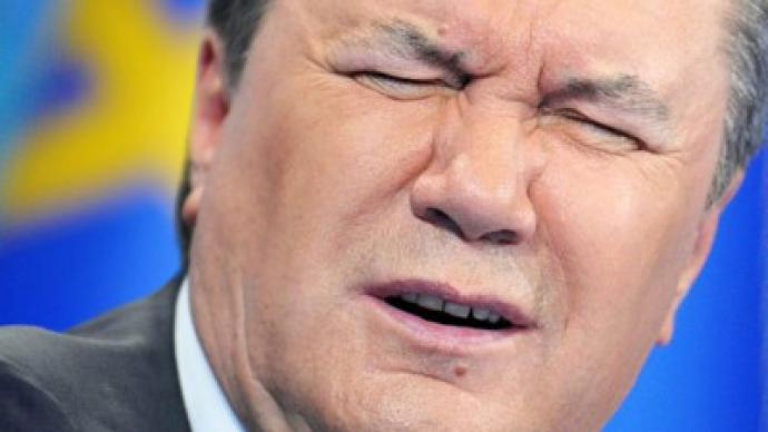 Fly away: EU cancels Yanukovich invitation
