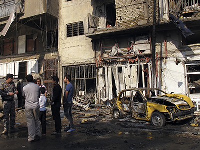 32 killed, some 100 wounded in Iraqi bomb attacks