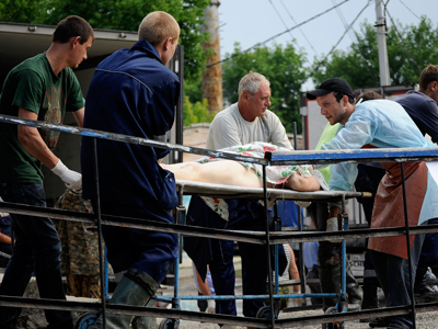 Helping hand: Volunteers throughout Russia unite to help flood victims (PHOTOS)