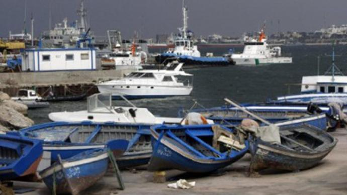 Foreigners flee Tripoli fighting on speedboat