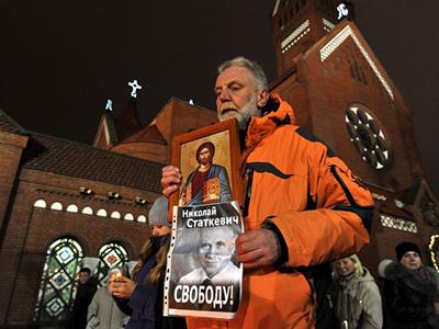 EU denies entry to dead Belarusian