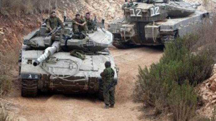 Israeli tanks incur into Gaza, Palestinians injured – report