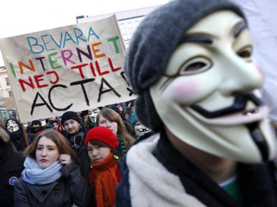 Germany defers signing ACTA amid growing anger
