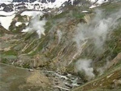 Geyser Valley: natural phenomenon completely lost?