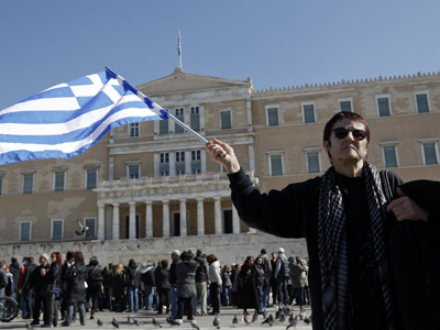'Greece needs rescue package worth its entire economy'