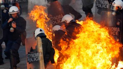 Cop shop: Crisis-hit Greece rents police for €30 per hour