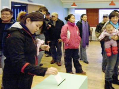 Greenland votes to freeze out Denmark
