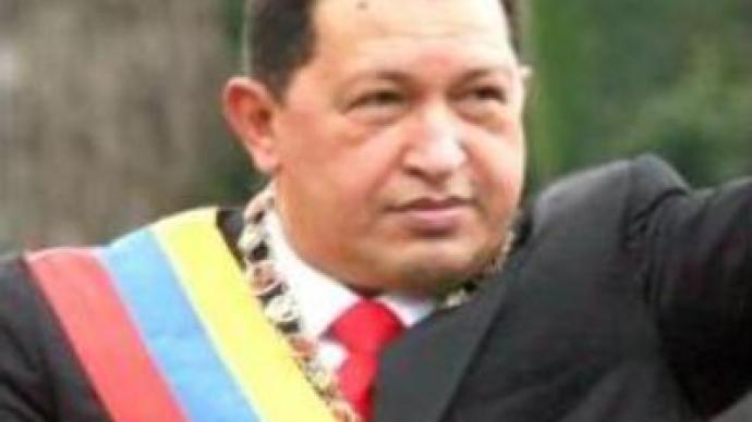 Hugo Chavez visits Argentina to boost U.S. opposition