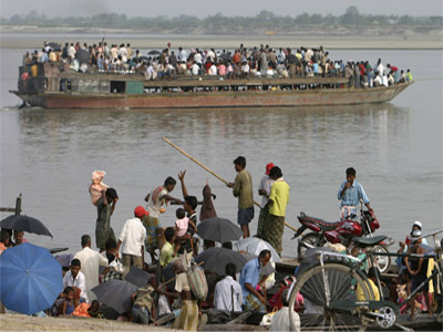 At least 103 dead, 165 missing in Indian ferry crash