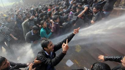 Anti-rape rage in India: Rail stations, roads blocked in weeklong protests