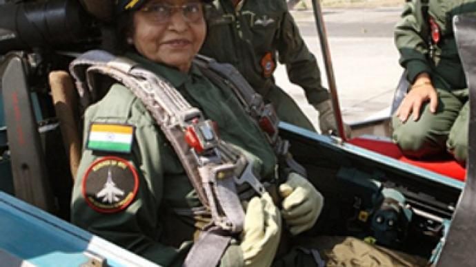 Indian president, 74, test flies Russian fighter jet